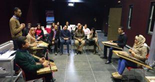 نادي رمل الآلة بمراكش يفتتح ورشة أكاديمية في آلة (القانون) بالمعهد العالي للفنون البصرية
