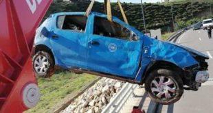 رمي سيارة أجرة بعد قتل سائقها بطريقة وحشية بمنحدرات ابي رقراق +صور