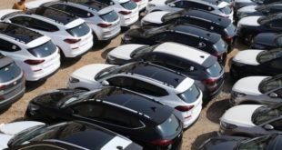 الجمارك تطالب مستوردي السيارات تقليص الإستراد لحماية احتياطيات العملة الصعبة
