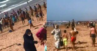 مئات المغاربة ينزلون للشواطئ والأمن يتدخل لفضهم( فيديو )