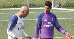 """""""زيدان"""" يكشف اسباب تخلي ريال مدريد عن خدمات """"حكيمي"""""""