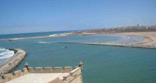 تقرير: 29 شاطئا بالمملكة غير صالح للسباحة بسبب التلوث